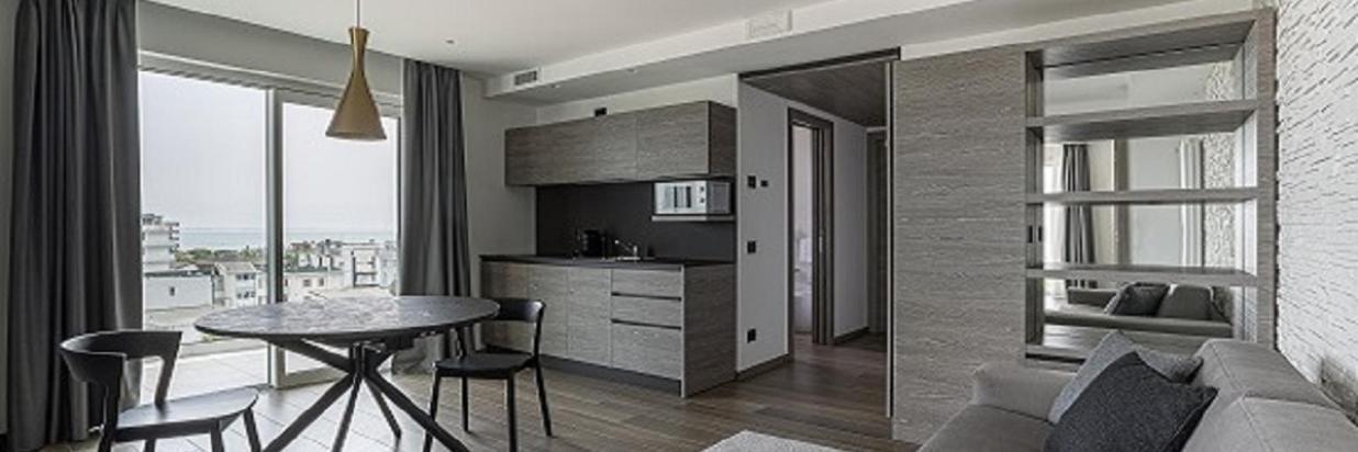 05-pietrorizzato-hoteitaliapalace-apartmentsuite.jpg