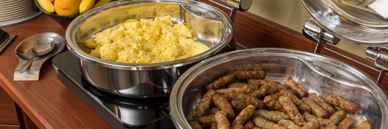 Kress Inn Hot Breakfast.JPG
