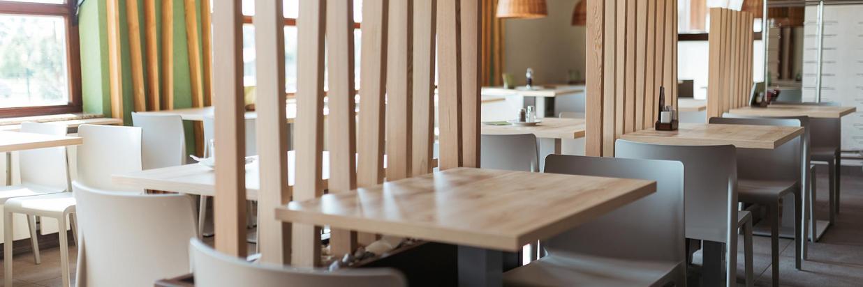 WaterPark_restaurant_IndooorPool_renovated_09_082017_SK_lowres.JPG