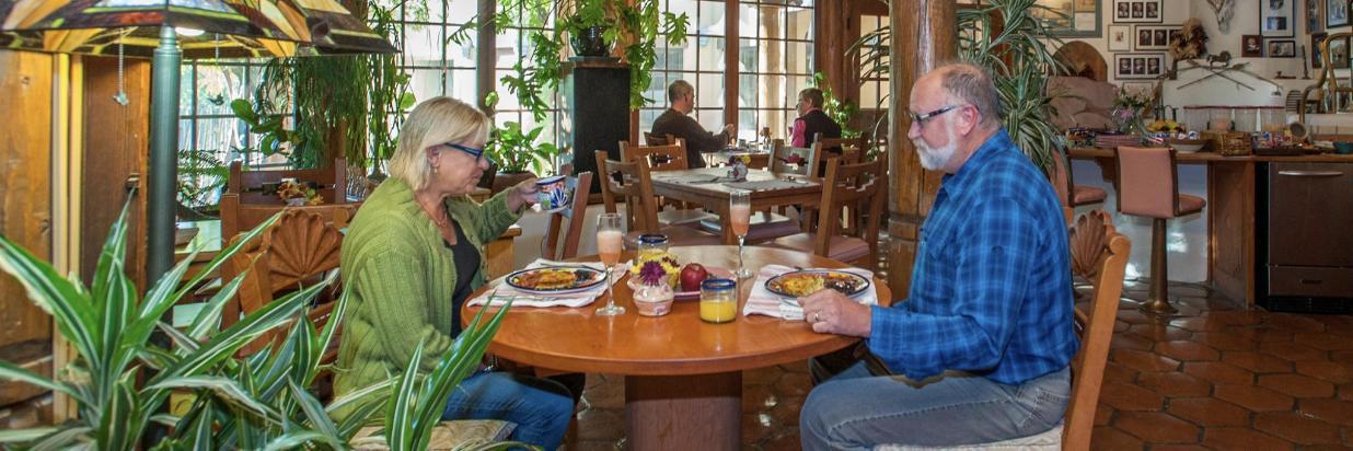 Enjoy a full gourmet breakfast and breakfast buffet.