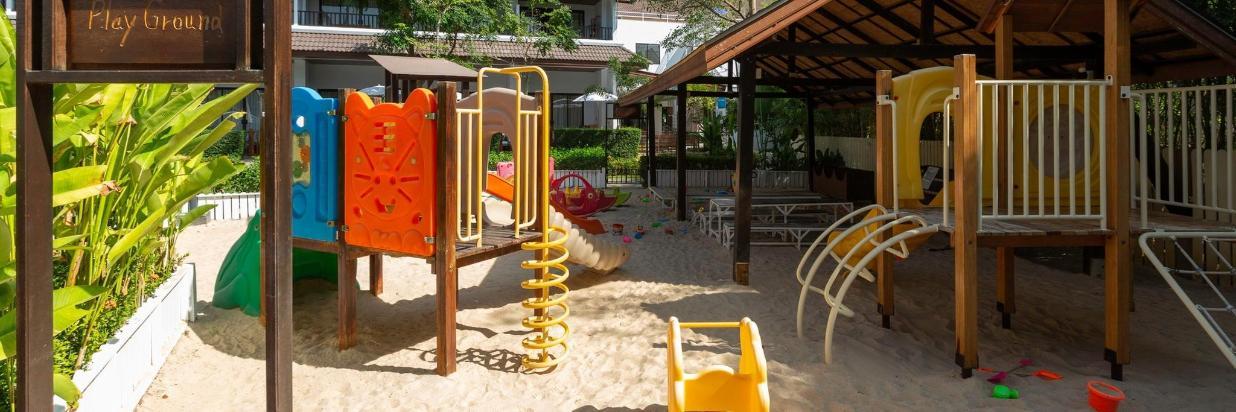 Playground_012.jpg