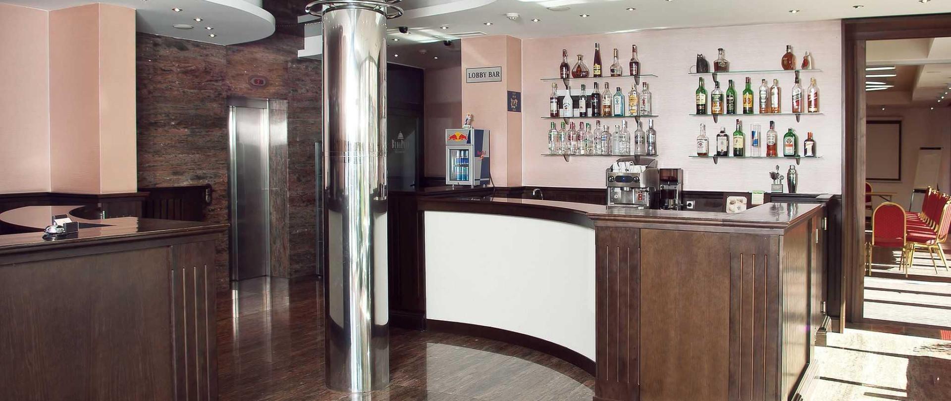 budapest_hotel_sofia_lobby.jpg