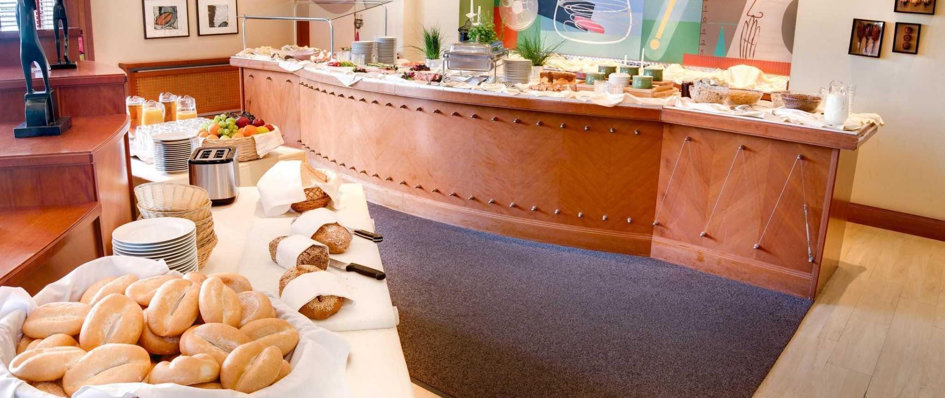 frstk-buffet-2.jpg