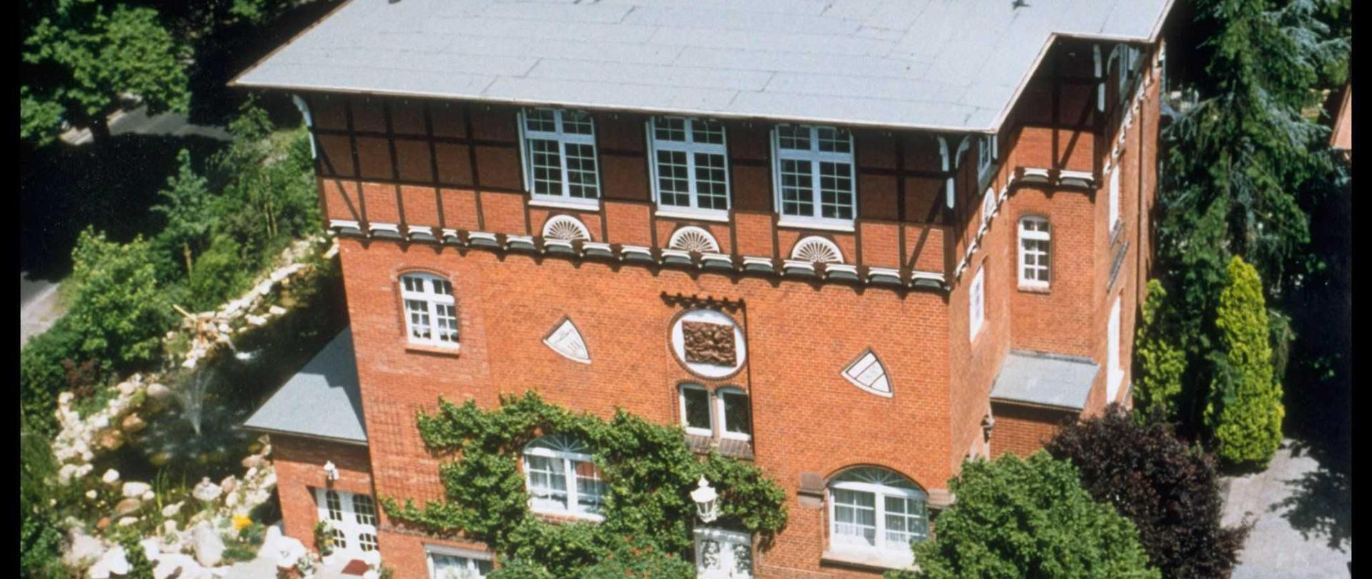 kategorie-1-haupthaus-2.jpg