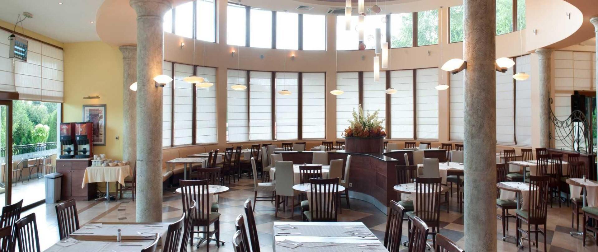 restaurant-ralitsa-superior-1.jpg