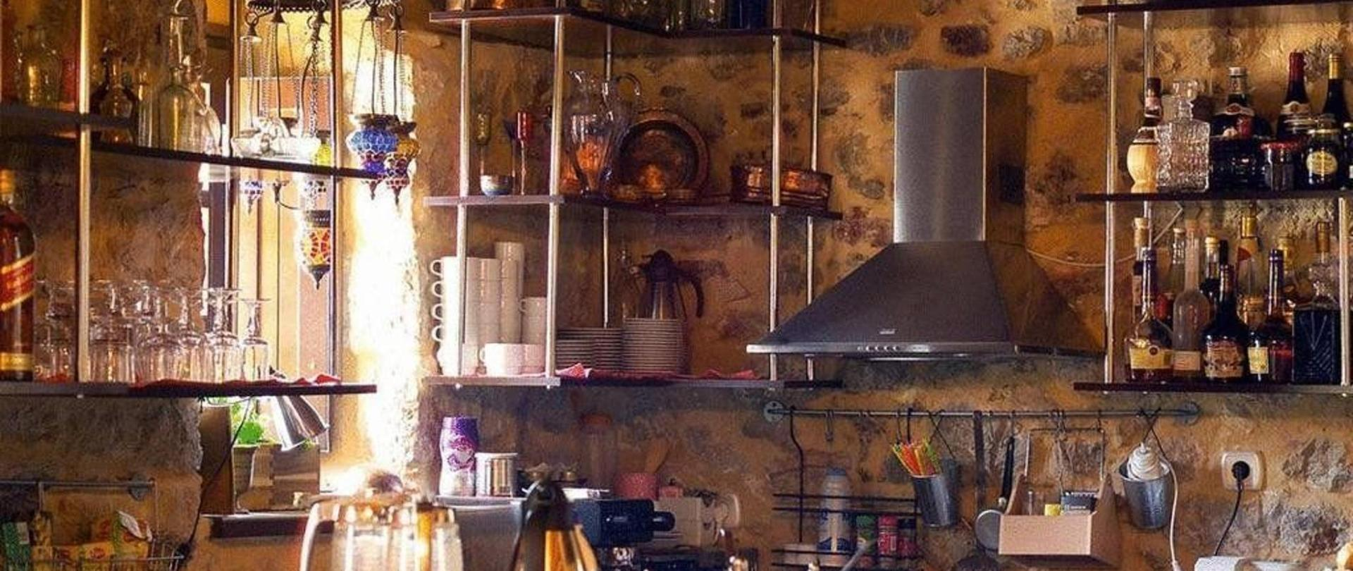 Bar-Kitchen