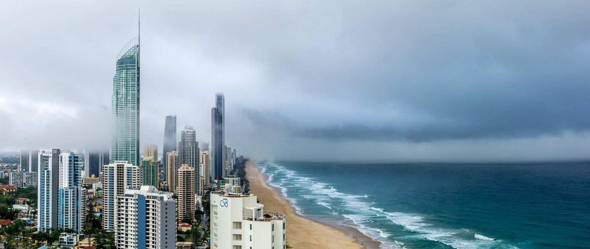 Panoramic landscape of Gold Coast1.jpg