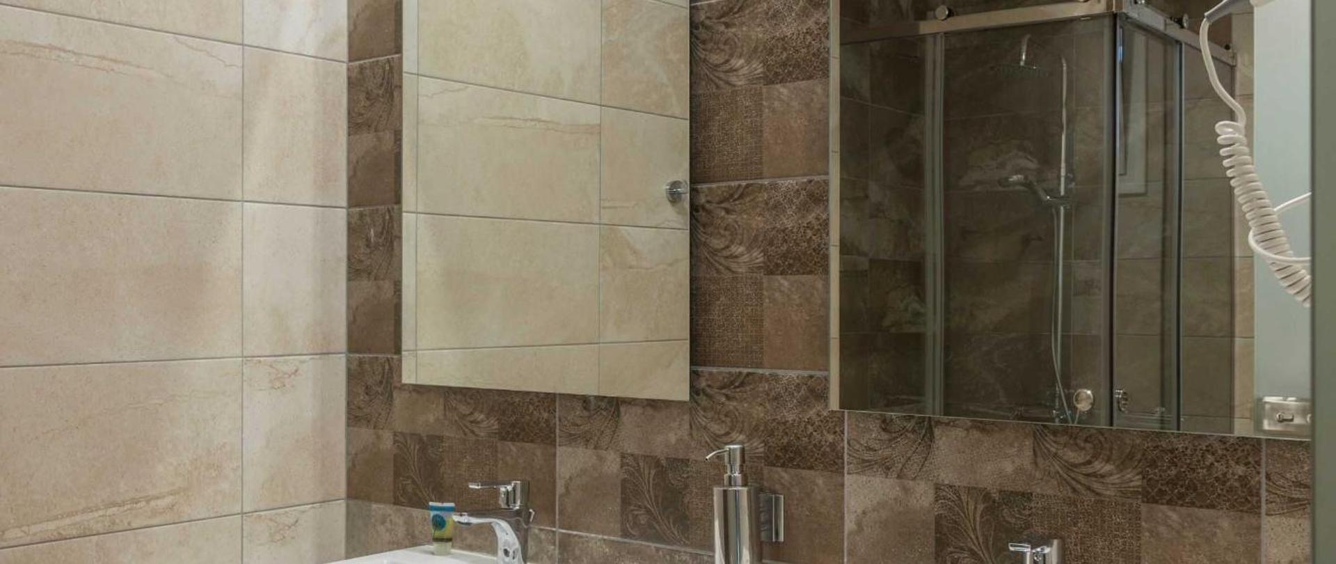 superior-bath.jpg