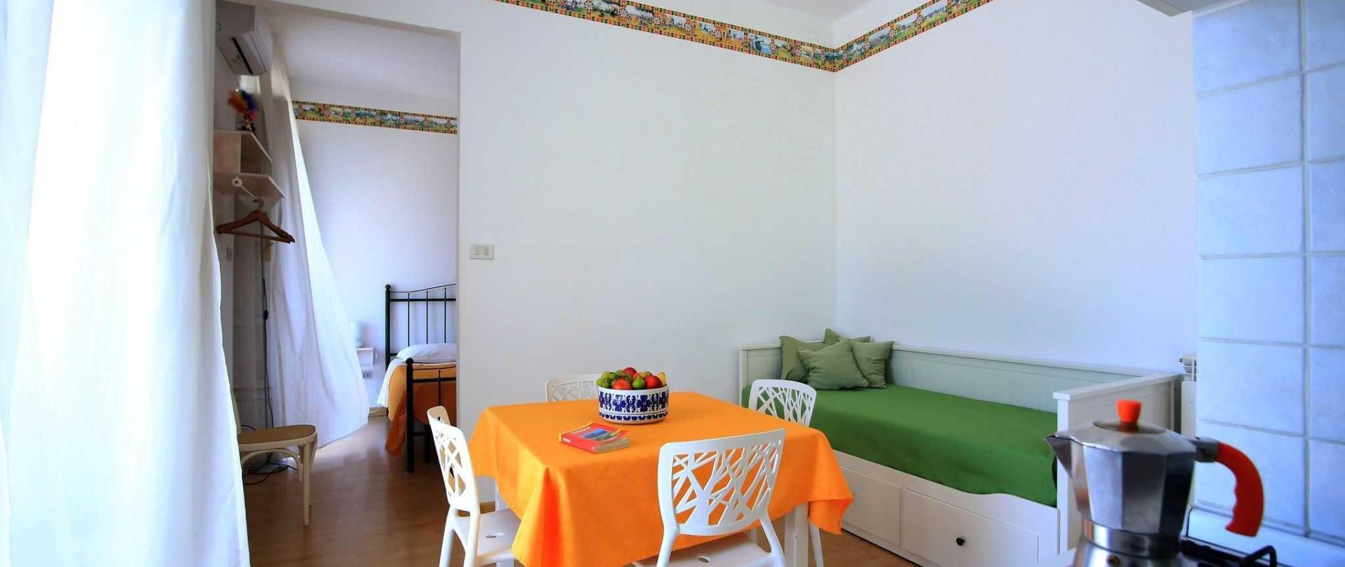 family-interno-cucina-letto.jpg