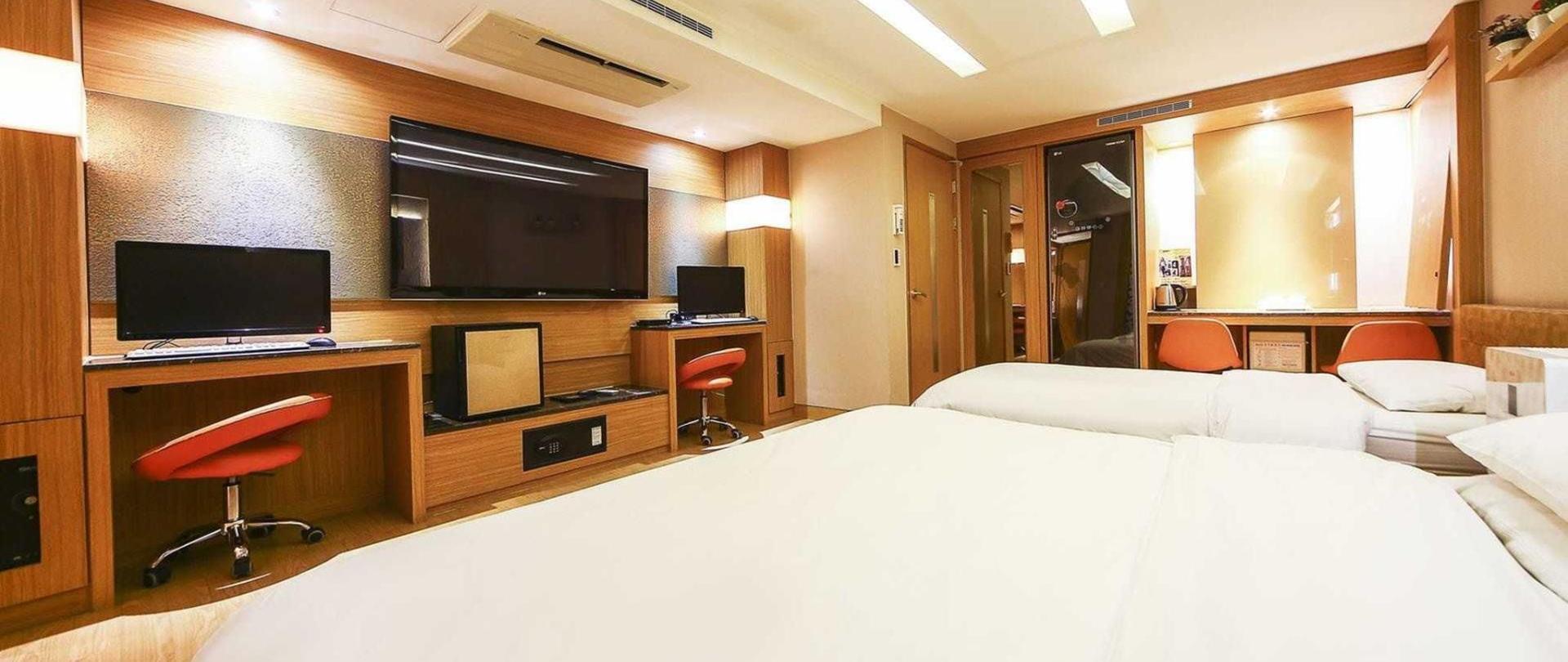 luxury2-2.jpg