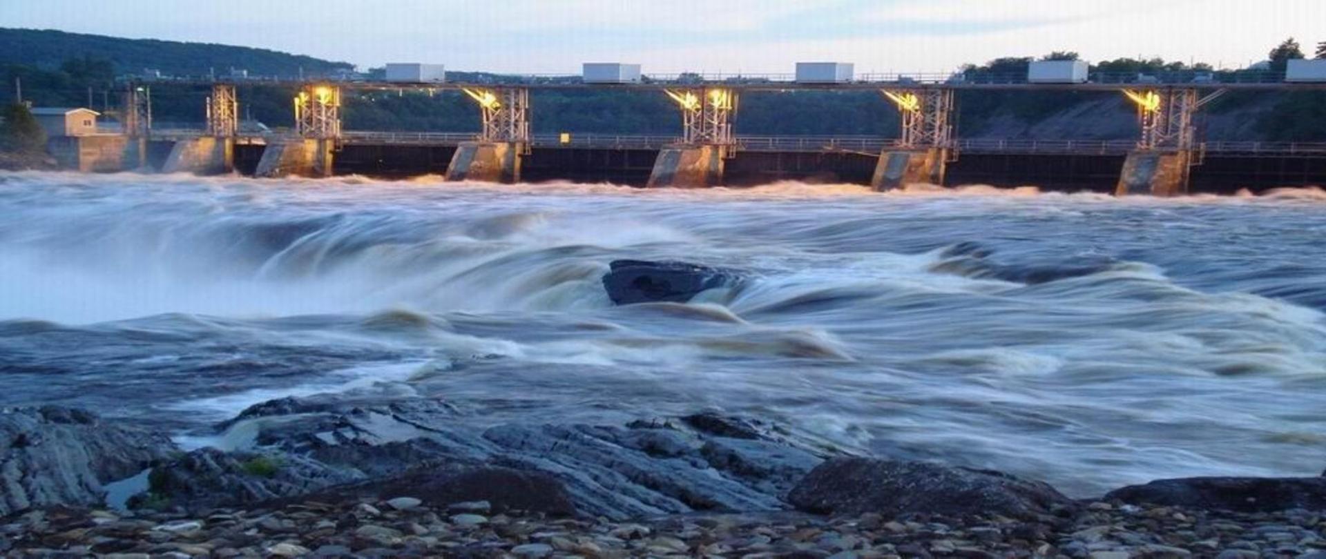 majestic-water-falls.jpg