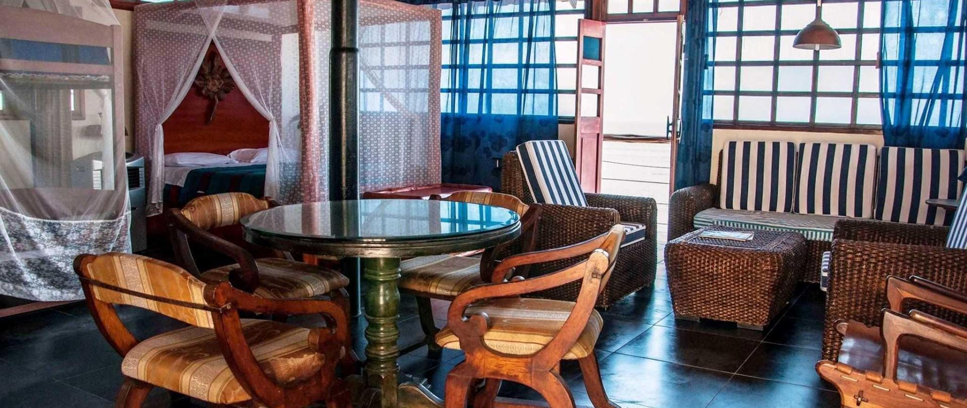 habitacion-pagoda-sala-1.jpg