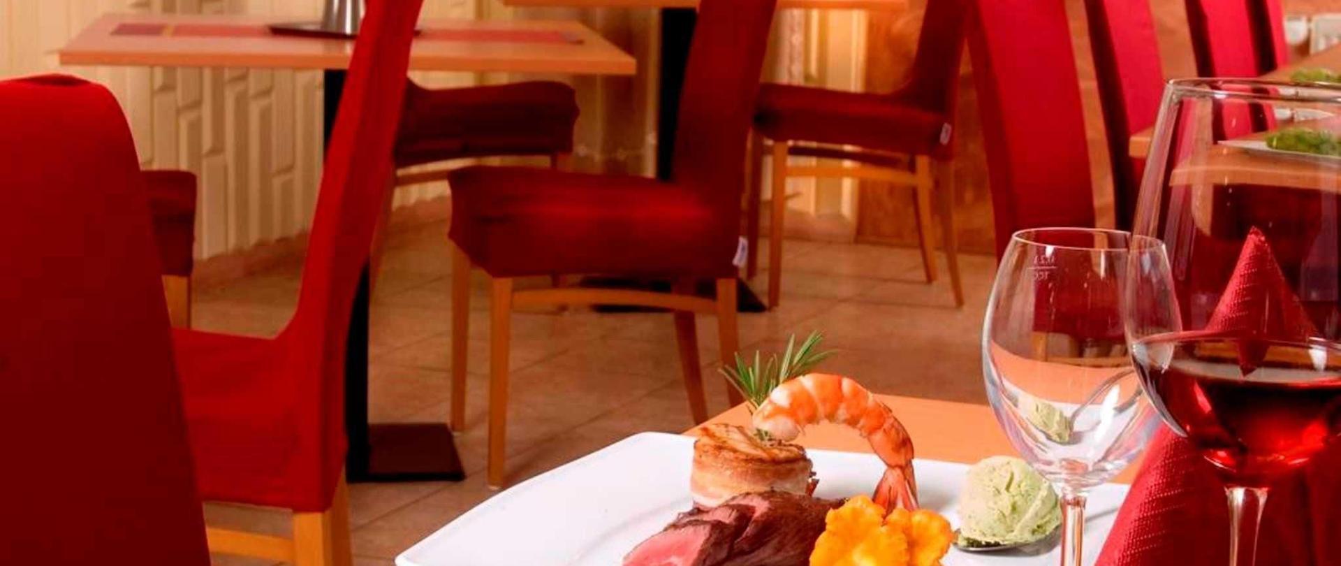restaurant_02-4.jpg