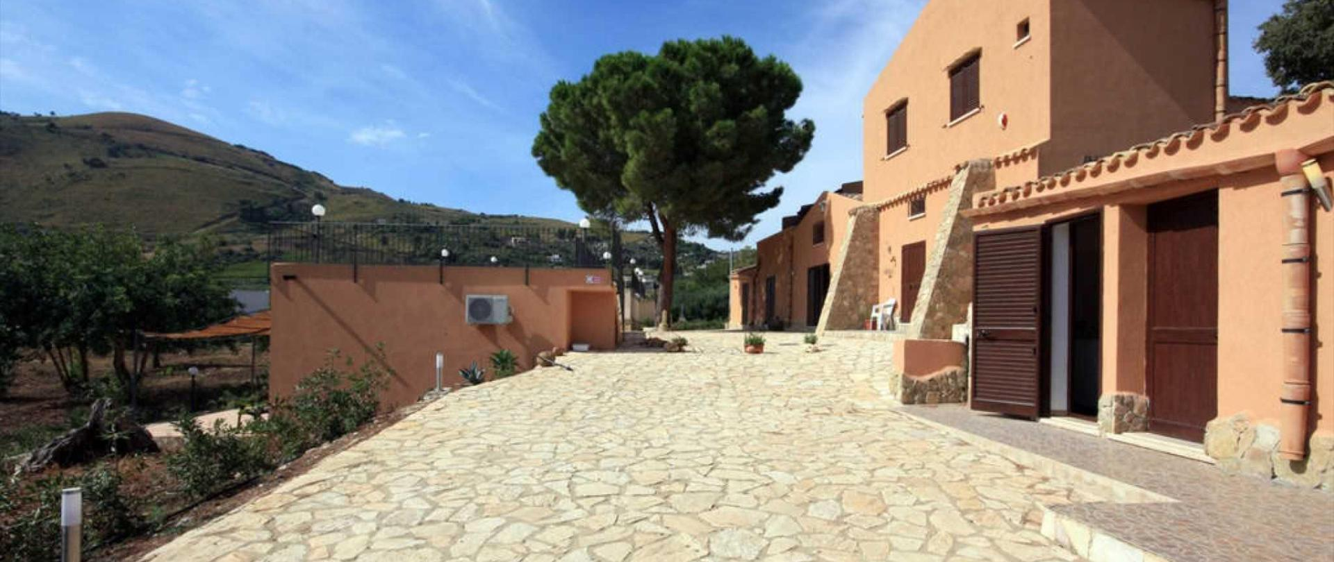 Le Terrazze su Fraginesi - La struttura