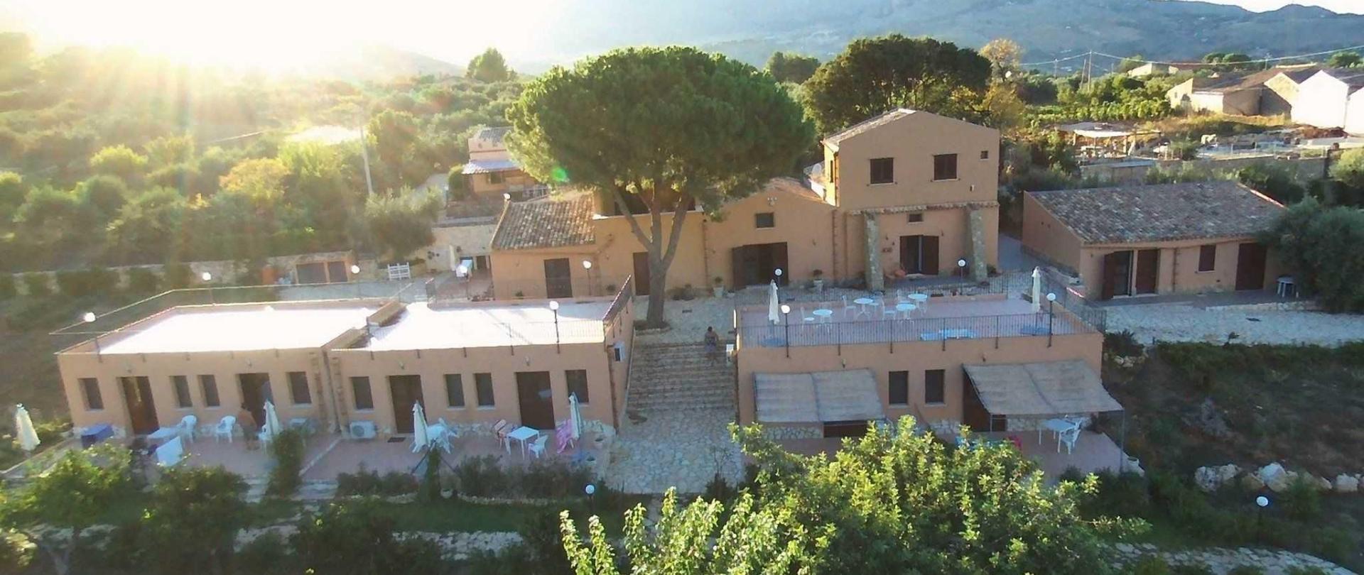 le-terrazze-su-fraginesi-vista-aerea-esterni-109.jpg