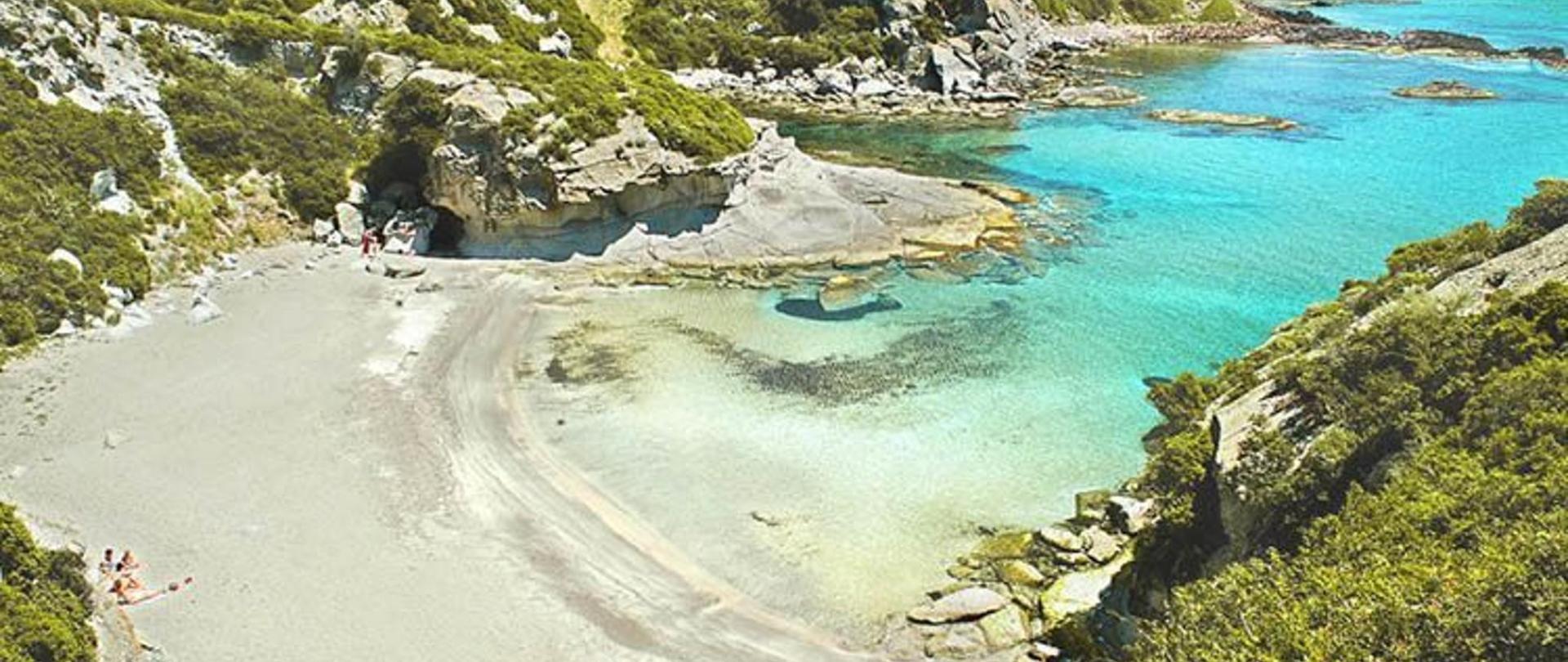 spiaggia_cumpoltitu_.jpg