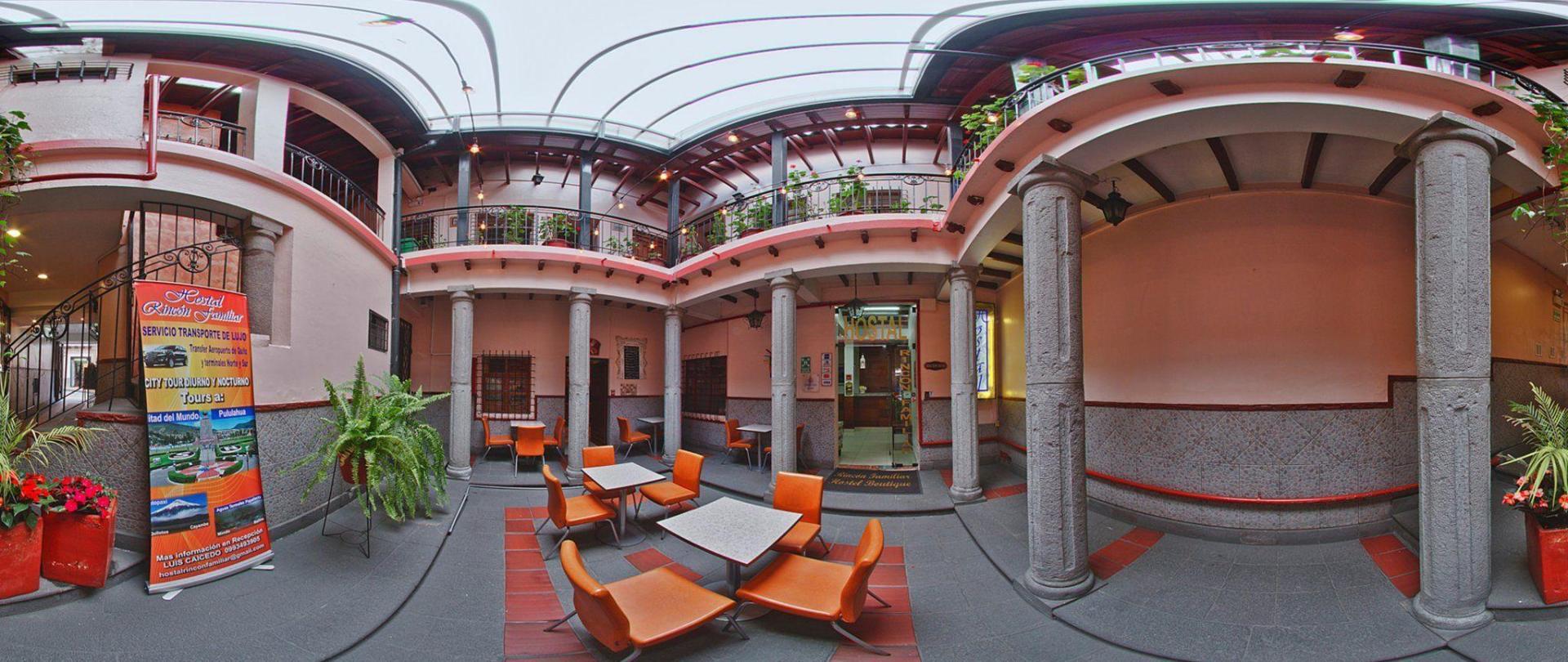 booking-quito-4-rincon-familiar-hostel.jpg