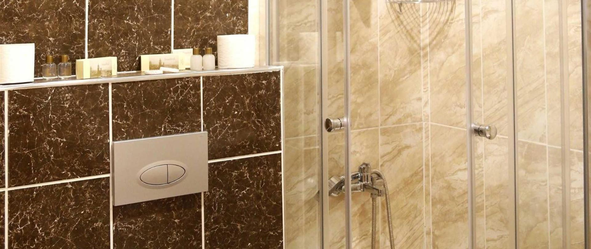 banyolar-5-2845-x-3456.jpg