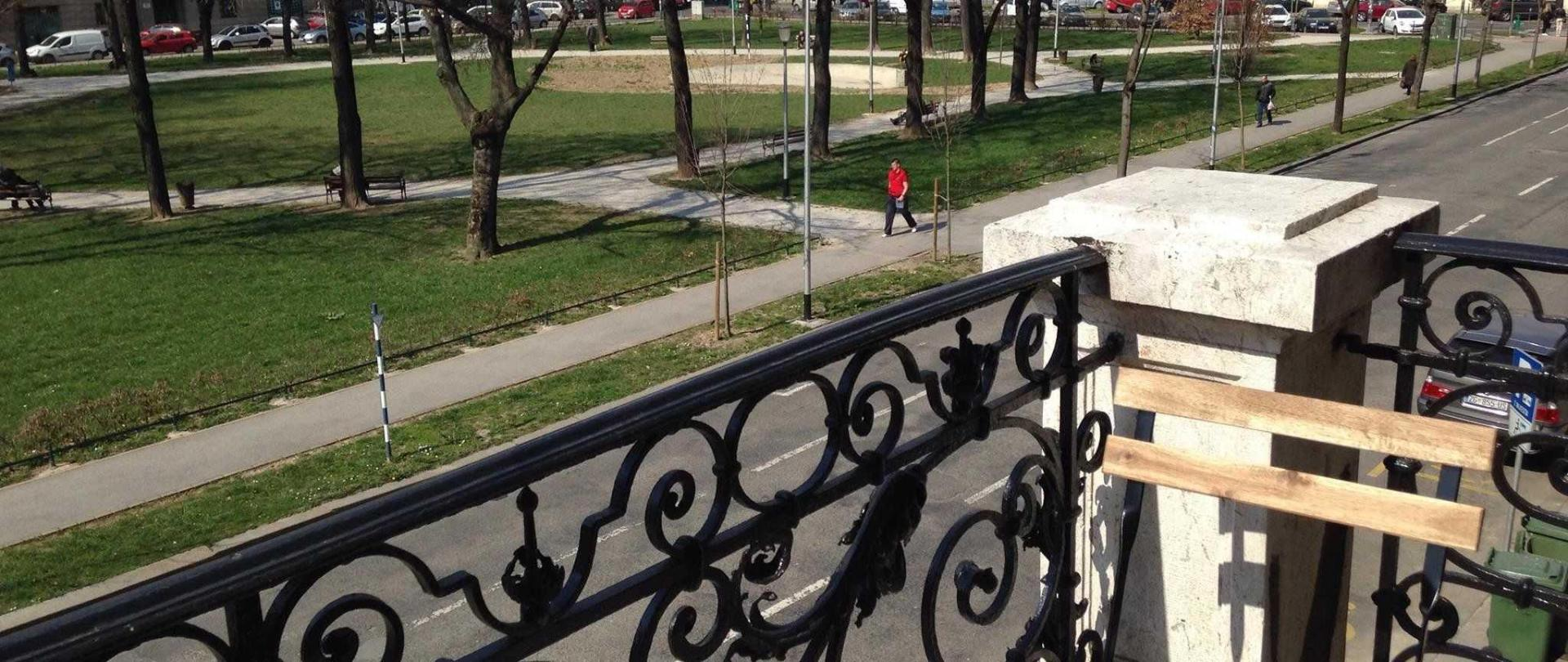 balcony-street-view.jpg