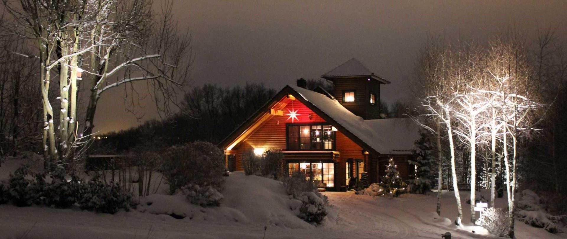 front_winter.jpg