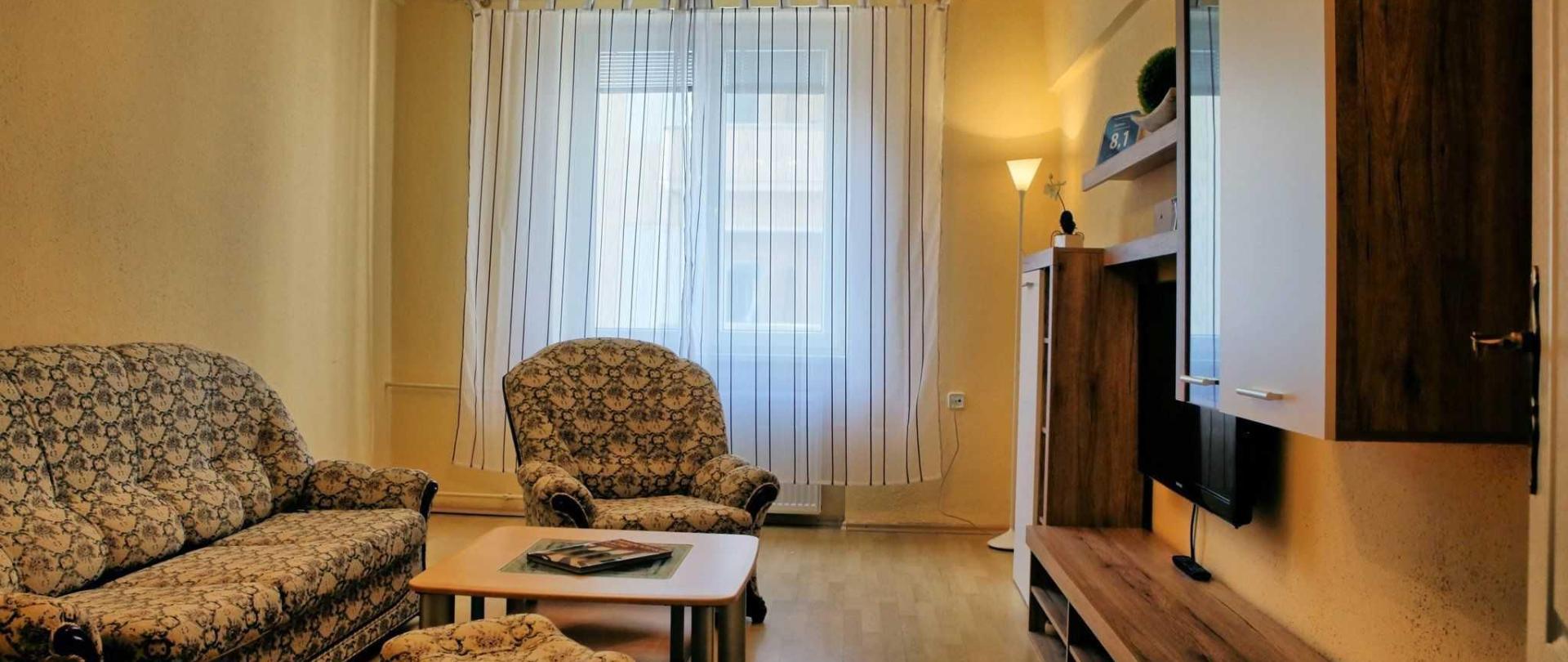 apartm-n-ert-v-ostrov-05.jpg