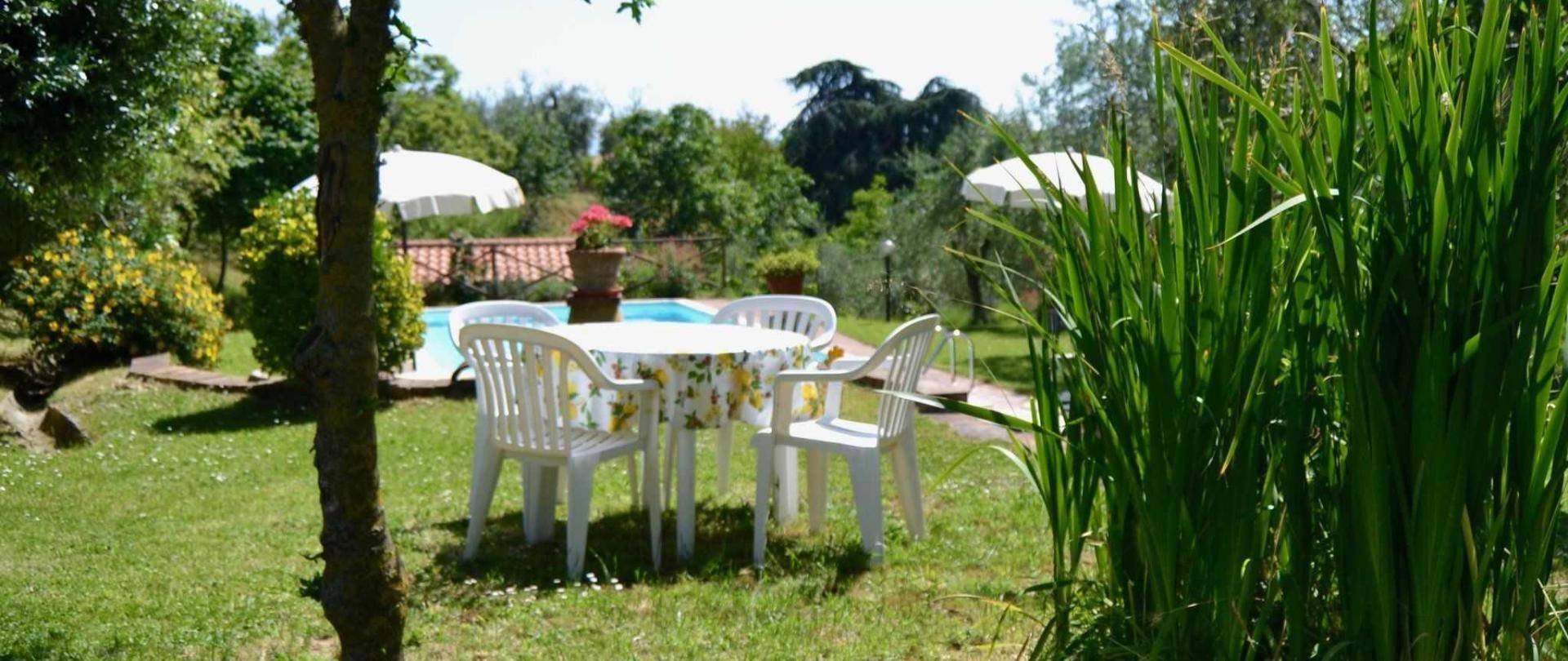 garden-table.jpg