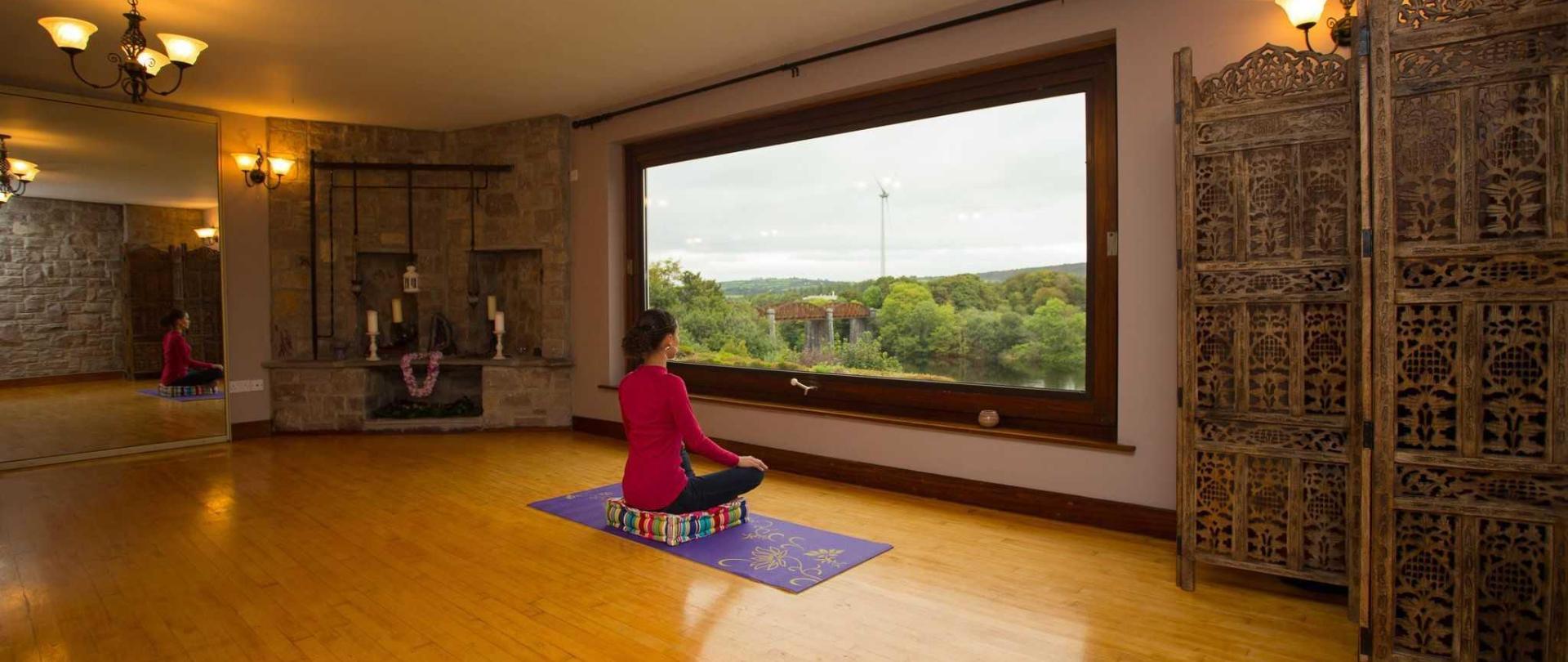 yoga-room-1.jpg