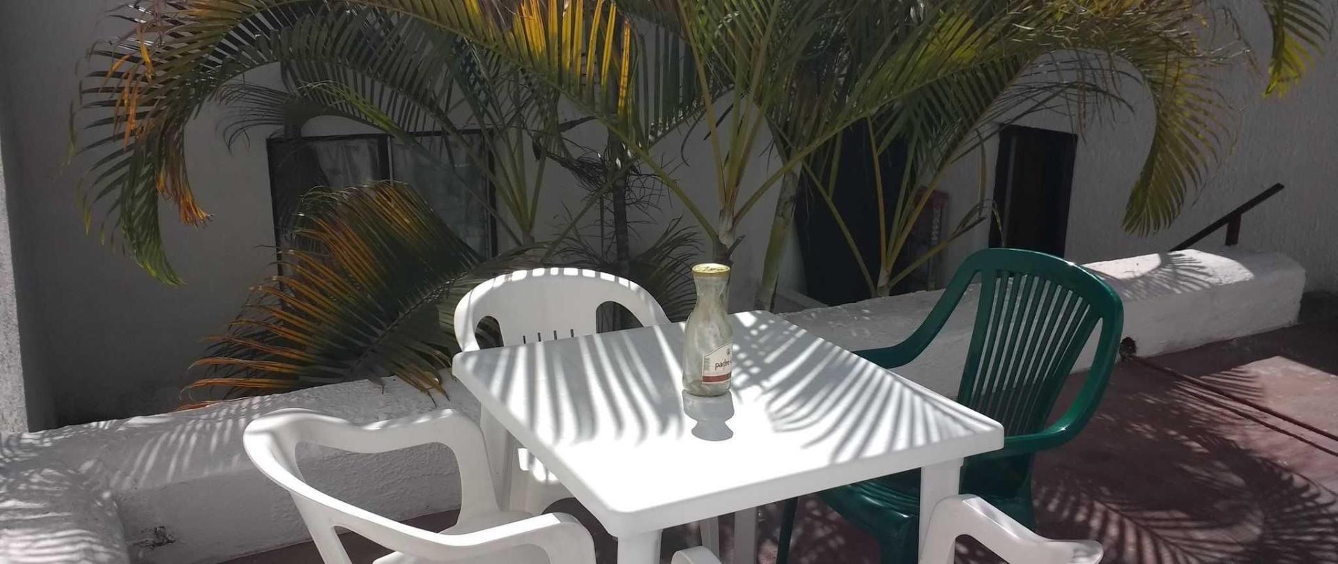 hostal_casa_anita_terraza-1.jpg