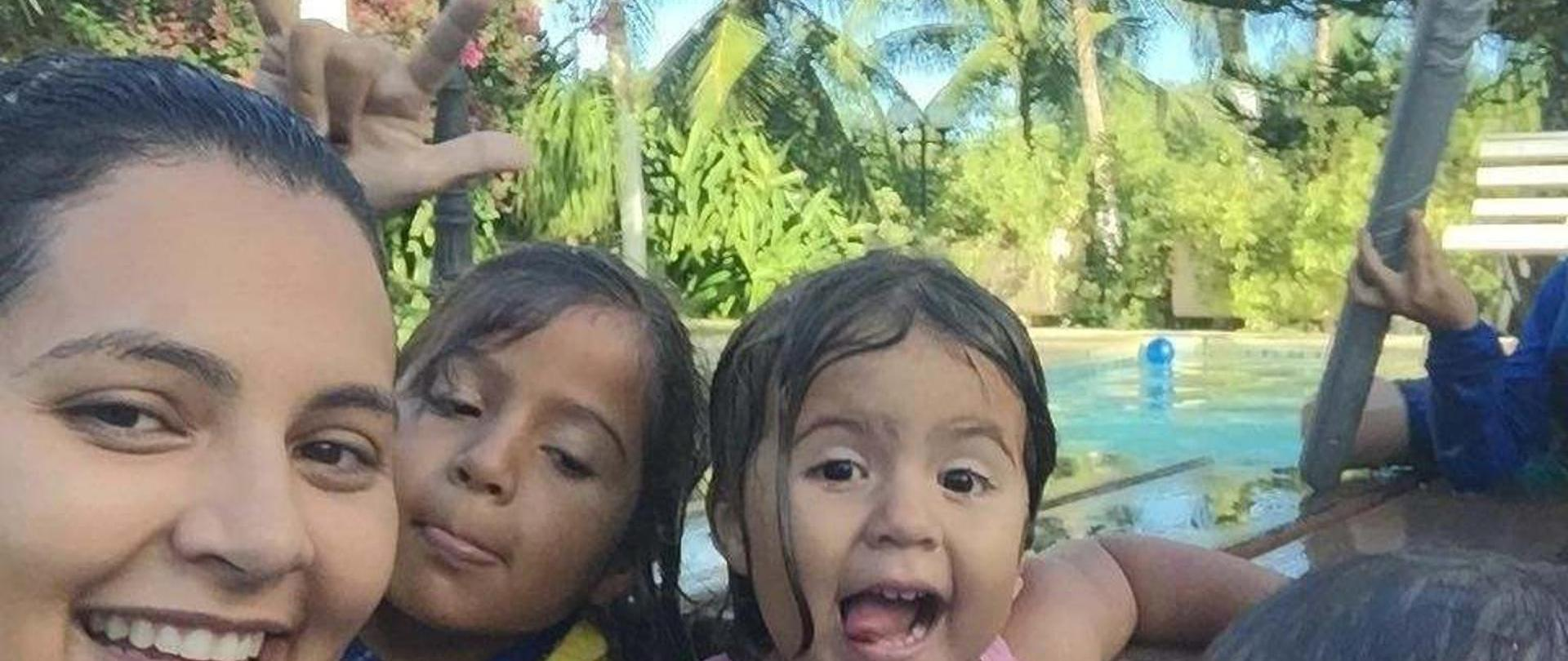 familia-piscina-1.jpg