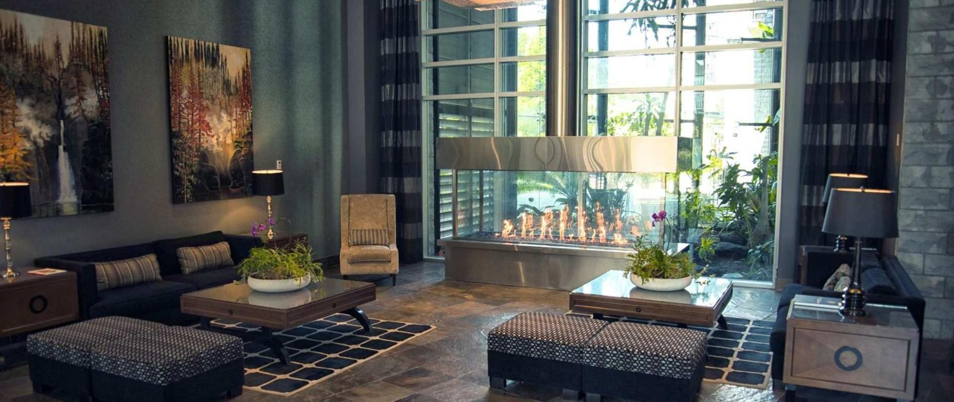 lobby-lyf.jpg.1920x807_0_201_10000.jpg