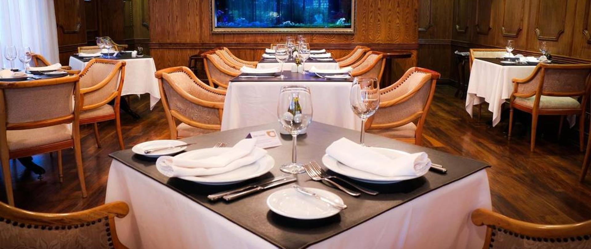 restaurant.jpg.1024x0.jpg