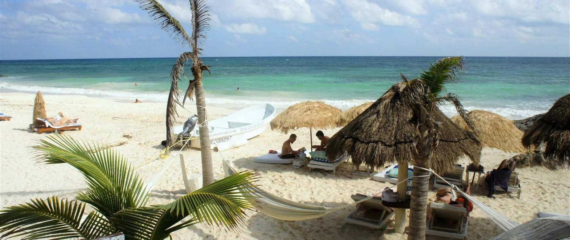 Posada Punta Piedra Beach