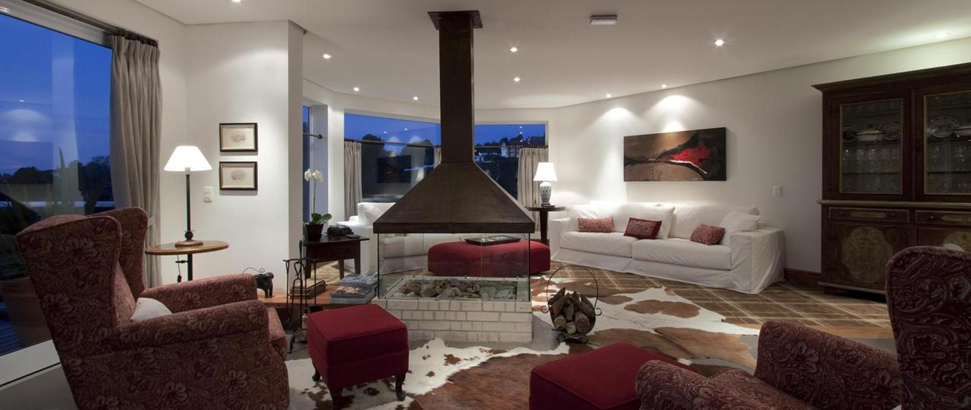 L.A.H Hostellerie - Campos do Jordão - Brasil.jpg