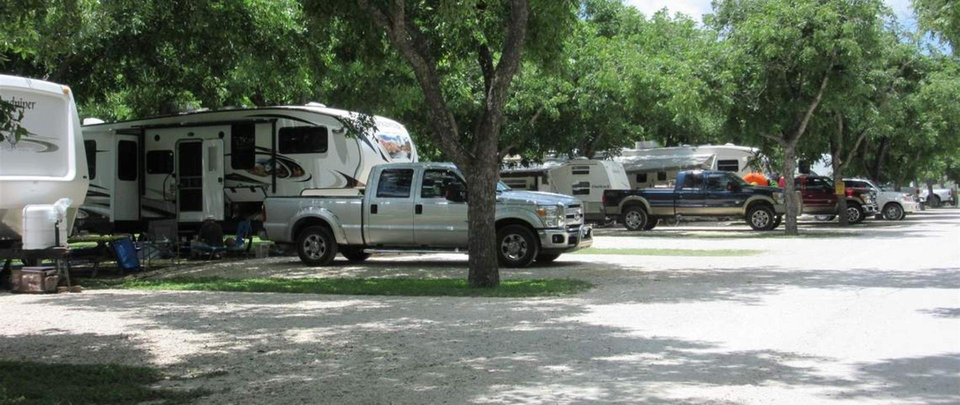 Frio River Cabins Seven Bluff Cabins And Rv In Concan Texas
