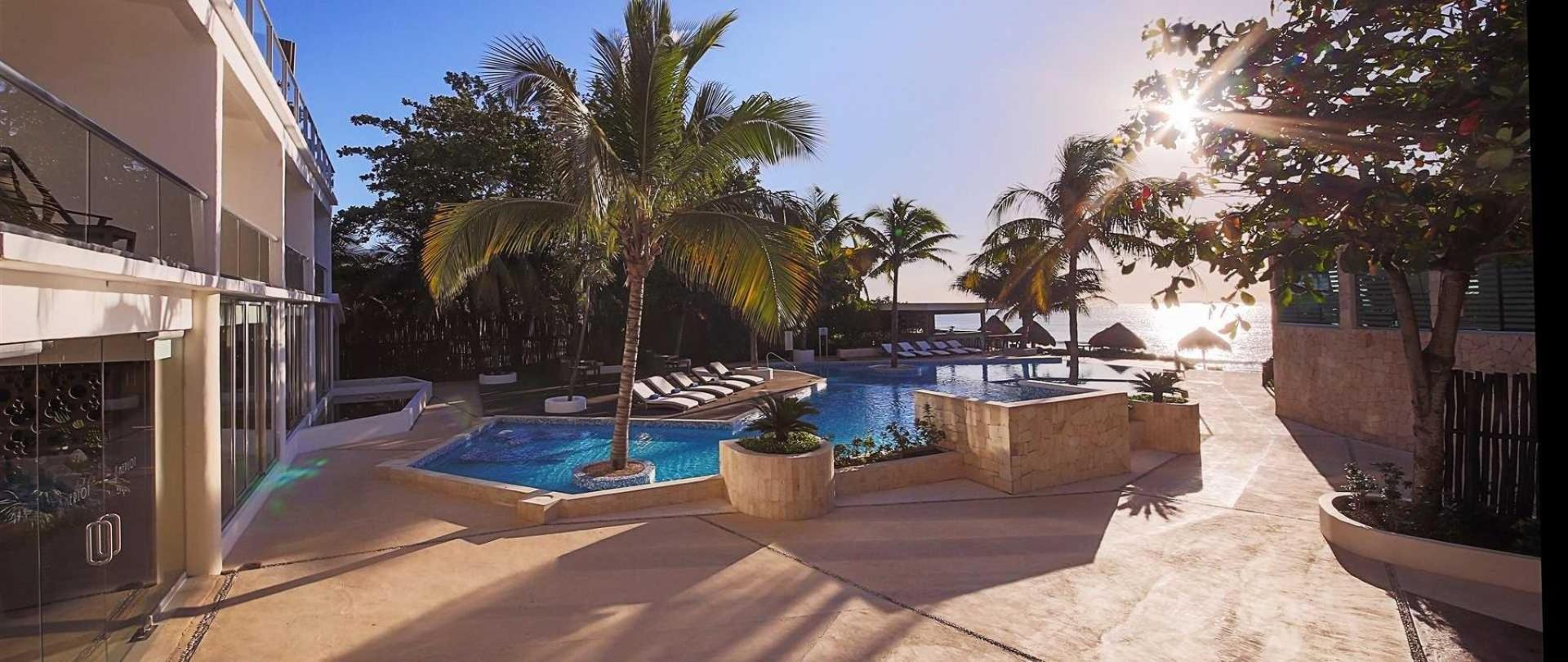 Le Reve Hotel And Spa Beachfront Boutique Hotel In Playa Del Carmen