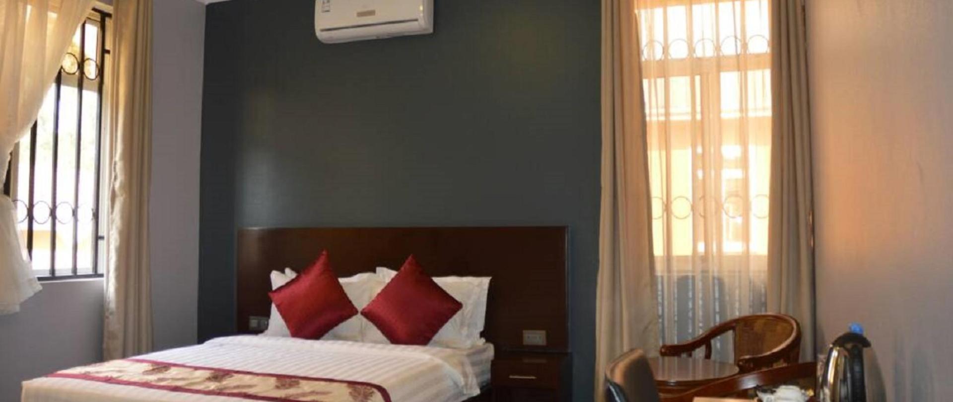Hotel Desderia