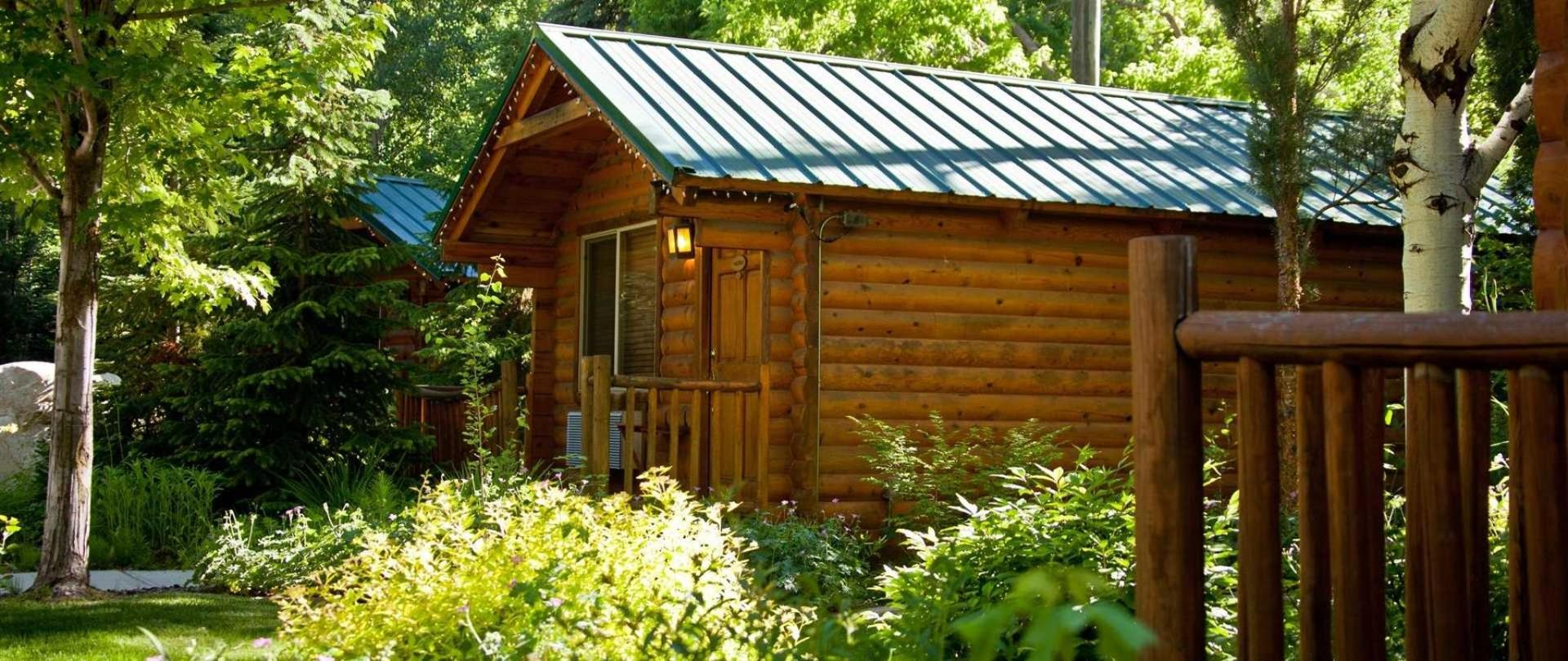 lodging drive rentals yellowstone cabins jackson alaska cabin from hole