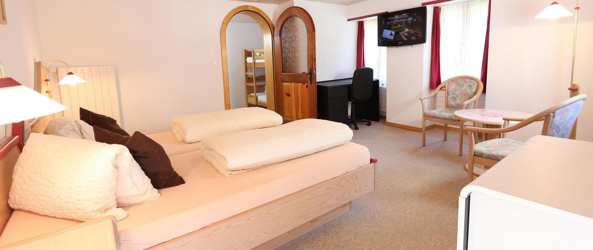 B & B Hotel Alpina