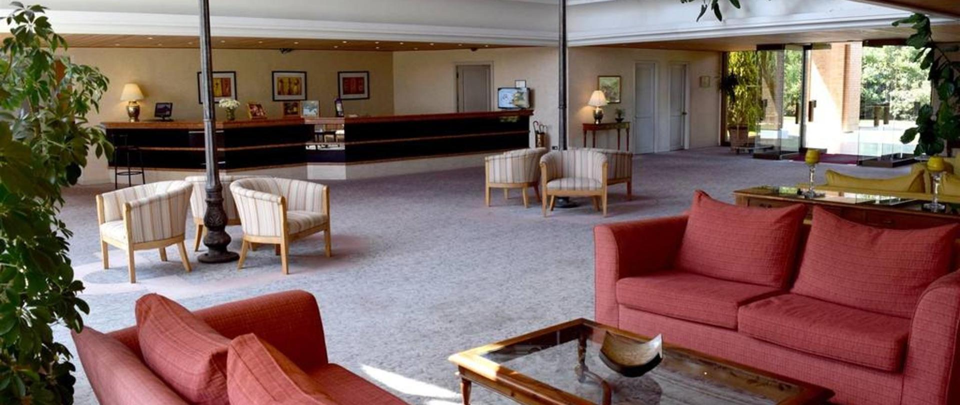 Hotel Puerta del Sur