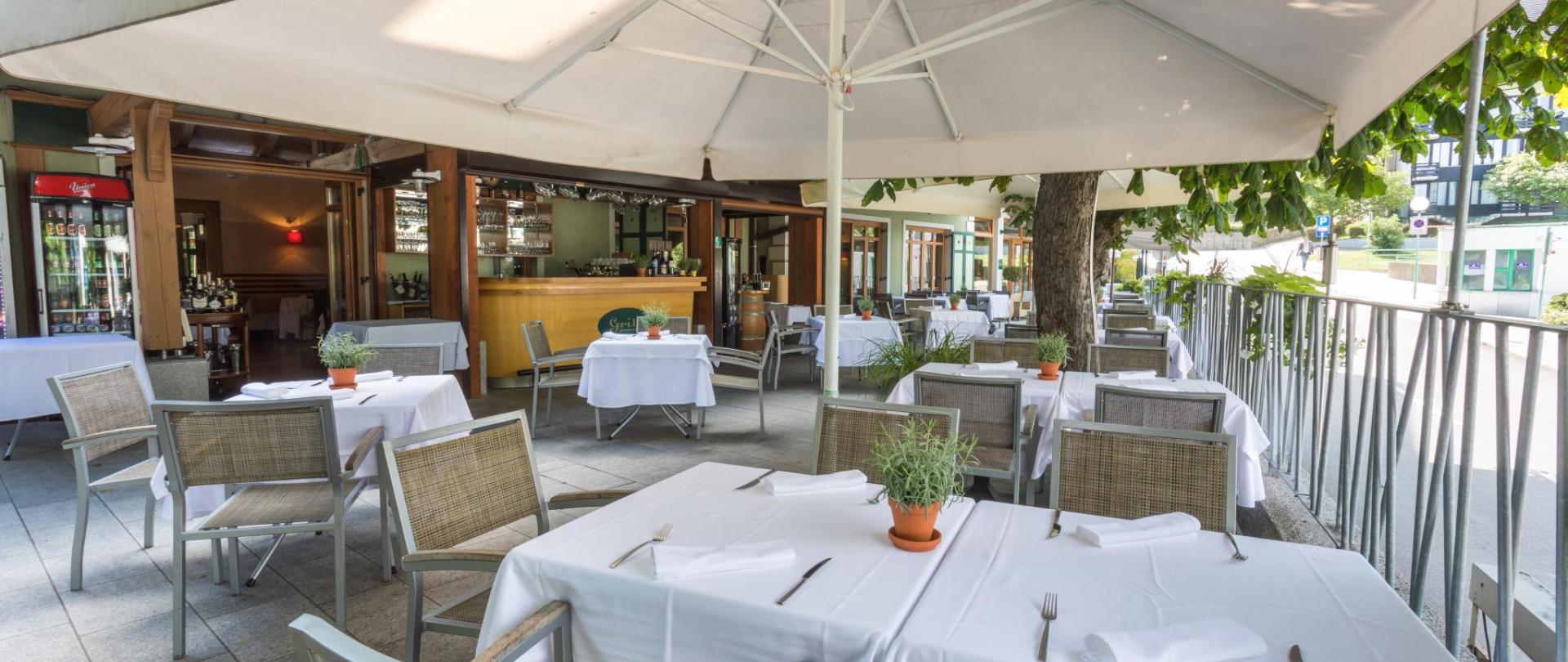 Hotel Lovec - Grill Lovec Restaurant Terrasse