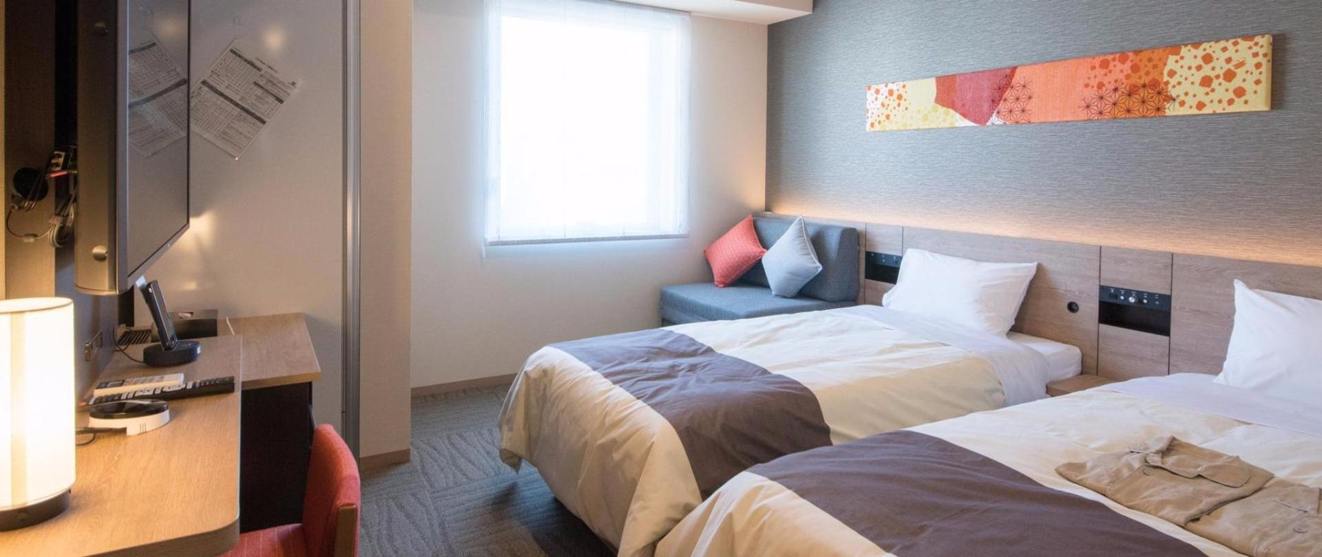 히니 나 호텔 도쿄 니시카 사이