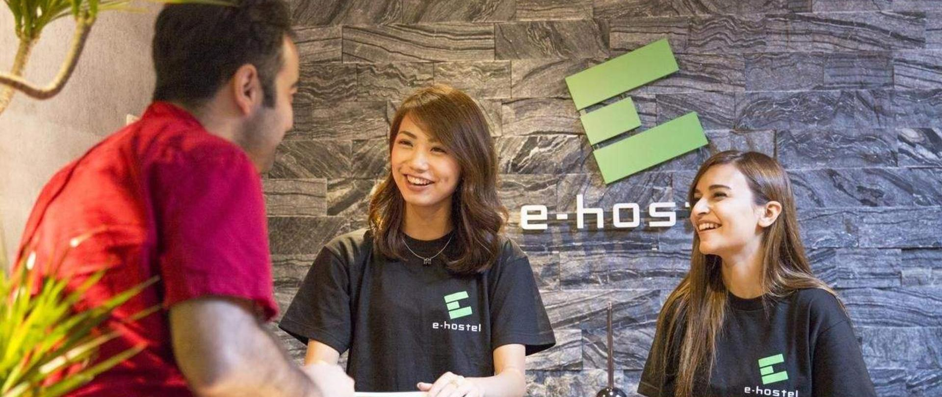 e-hostel 心斎橋