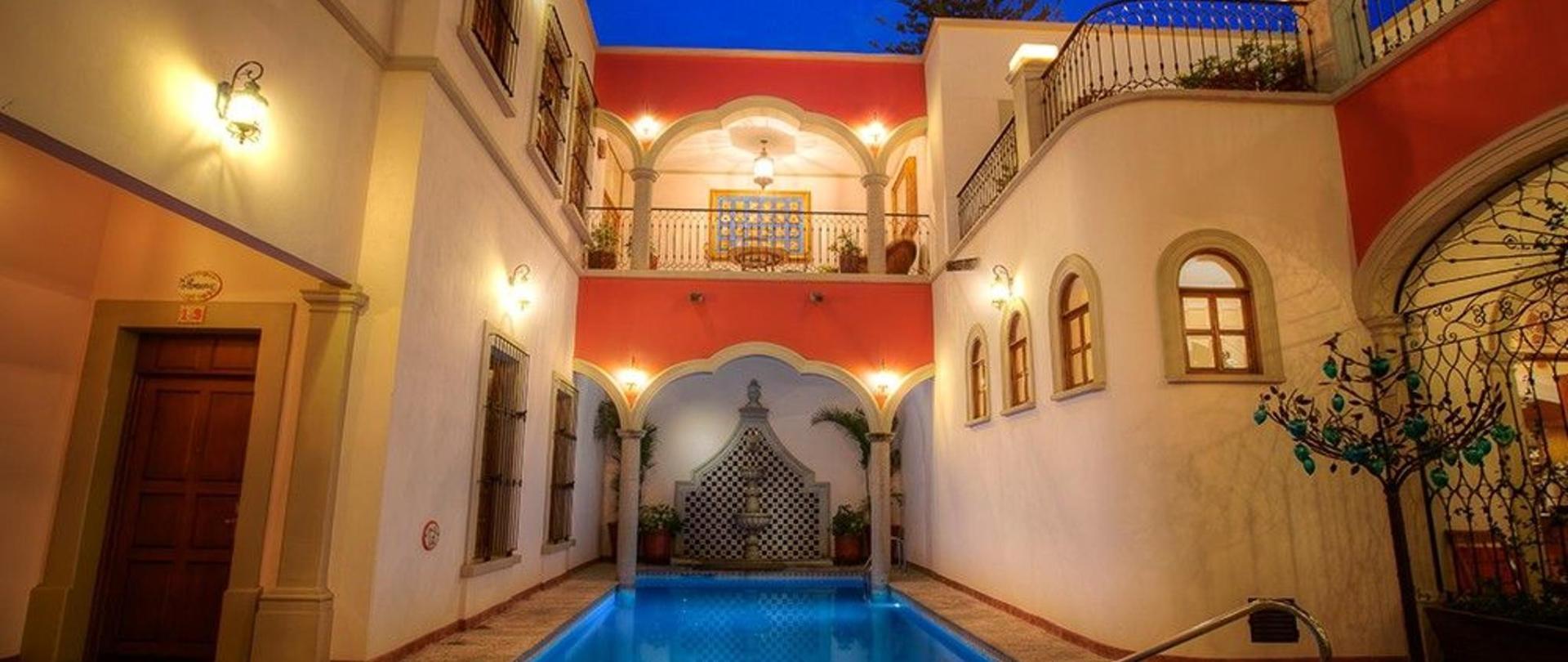 Gran Casa Sayula Gallery & SPA