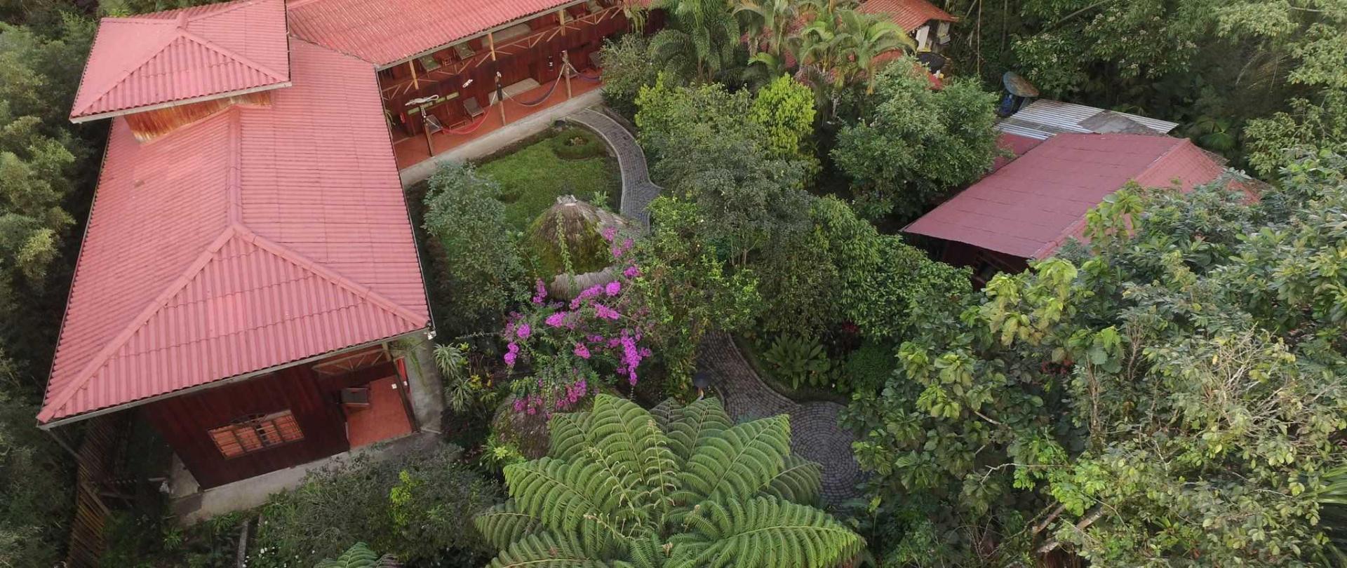 hotel-el-jardin-puyo.JPG