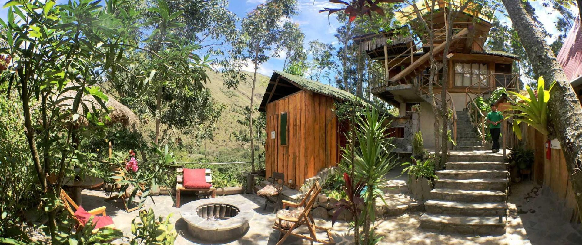 eco-quechua-lodge-outside-image.jpg