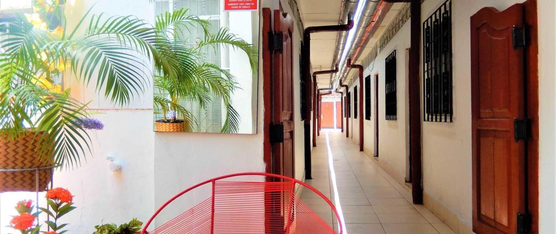 hallway-1.JPG