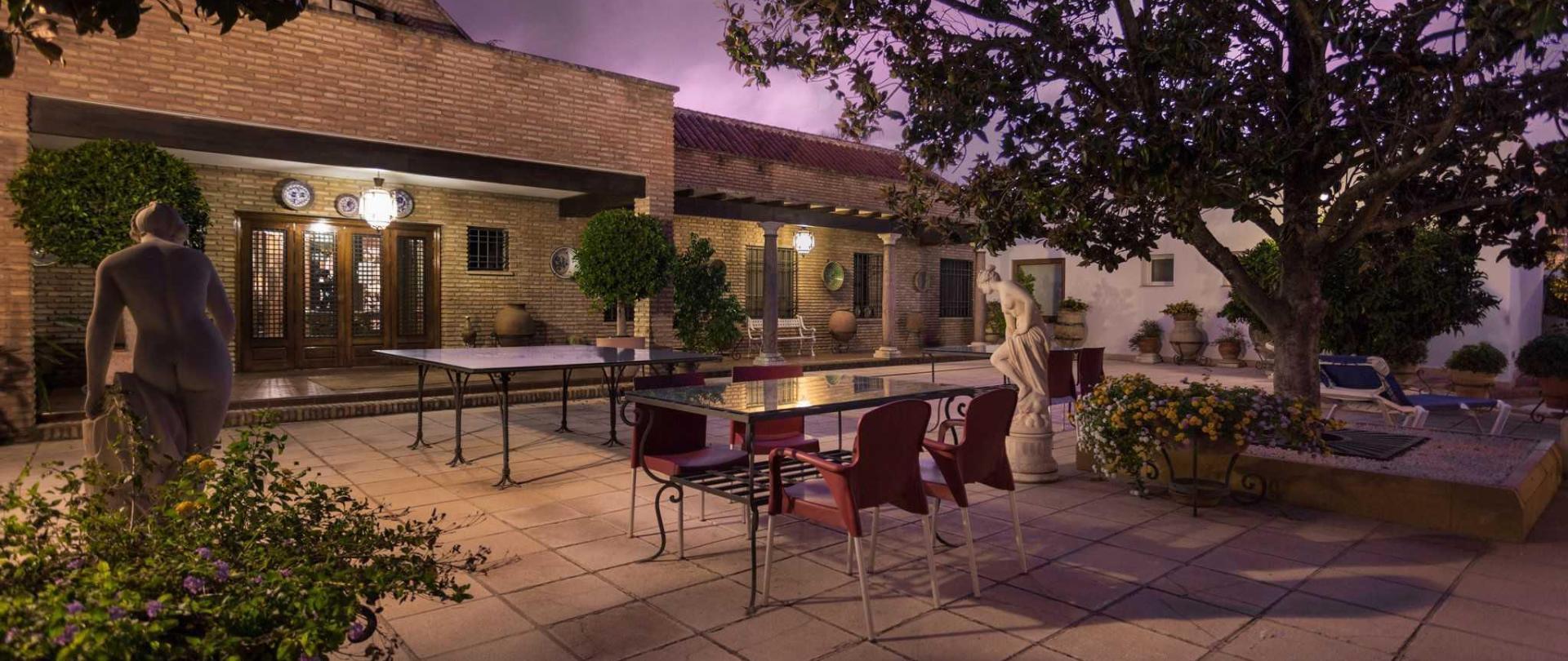 patio-noche-2-2.JPG