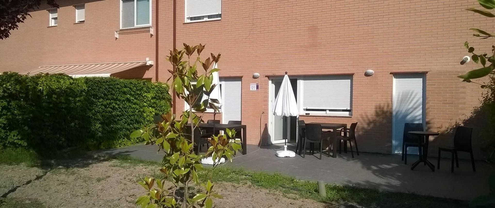 utf-8-terraza-p-blica-3.jpg