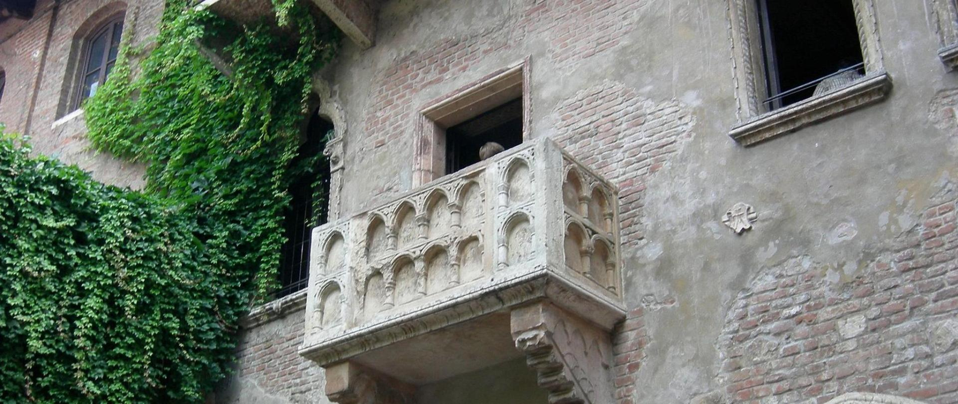 casa_di_giulietta_-Verona -_-_ balcony.jpg