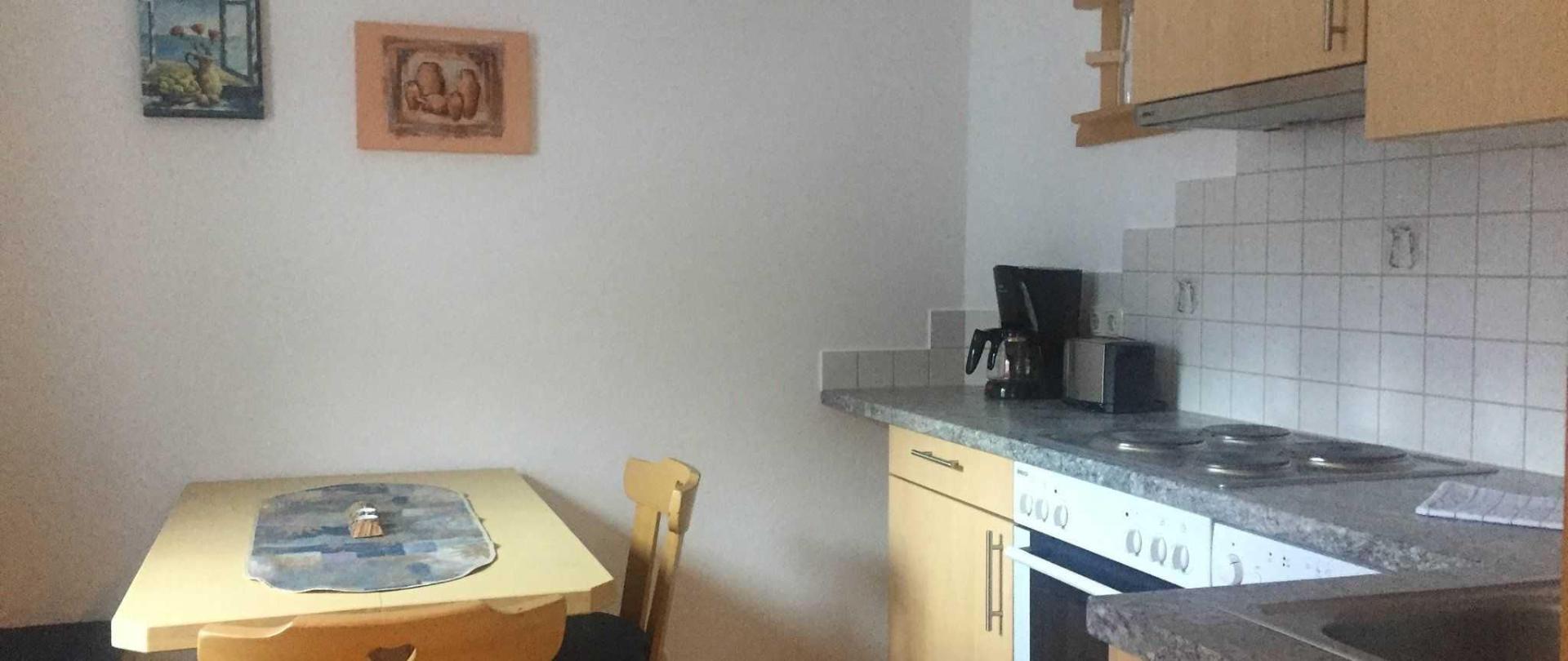 Wohnung 4 Küche.jpg